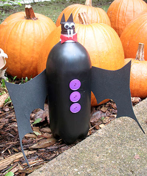 Bottle Bats Craft for Halloween