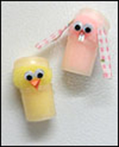 Paint pot chick and bunny magnet craft.