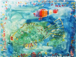 Crayon resist fish lesson plan for kids.