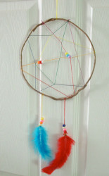 Make a rainbow dreamcatcher.