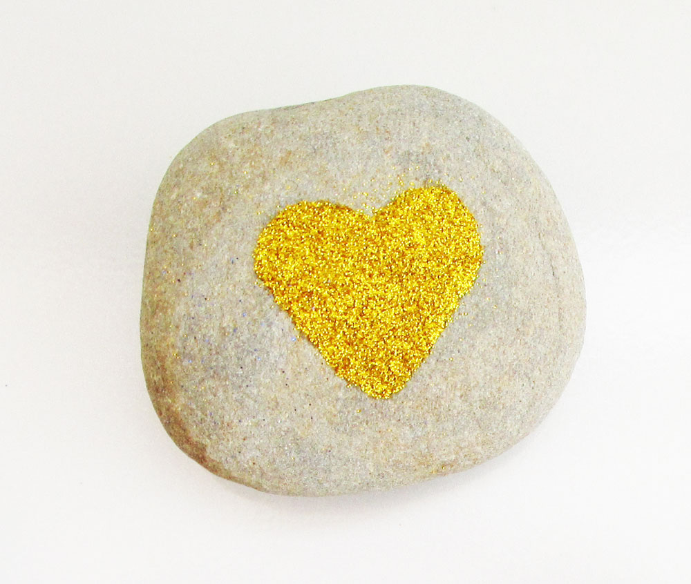 The completed glitter rock.
