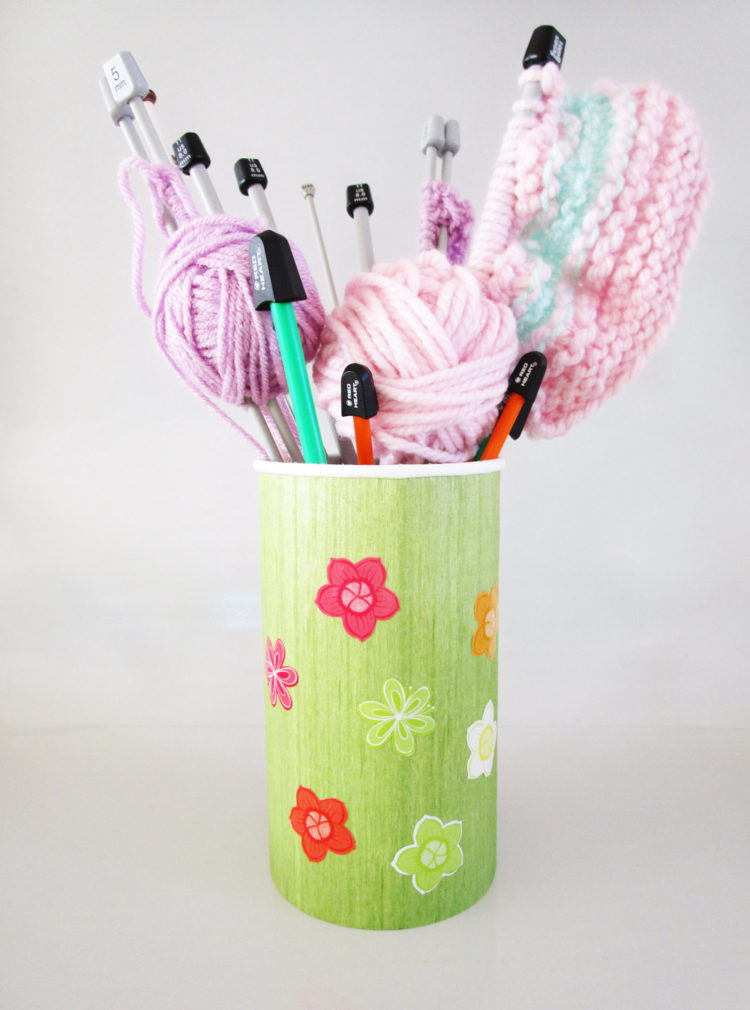Knitting caddy. KinderArt.com