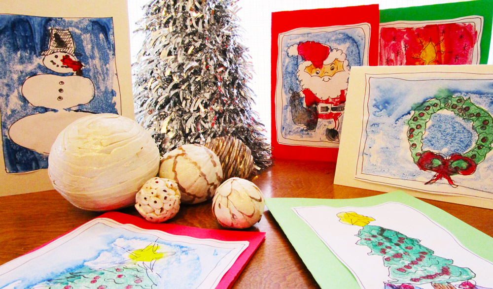 Making monoprint holiday cards. KinderArt.com