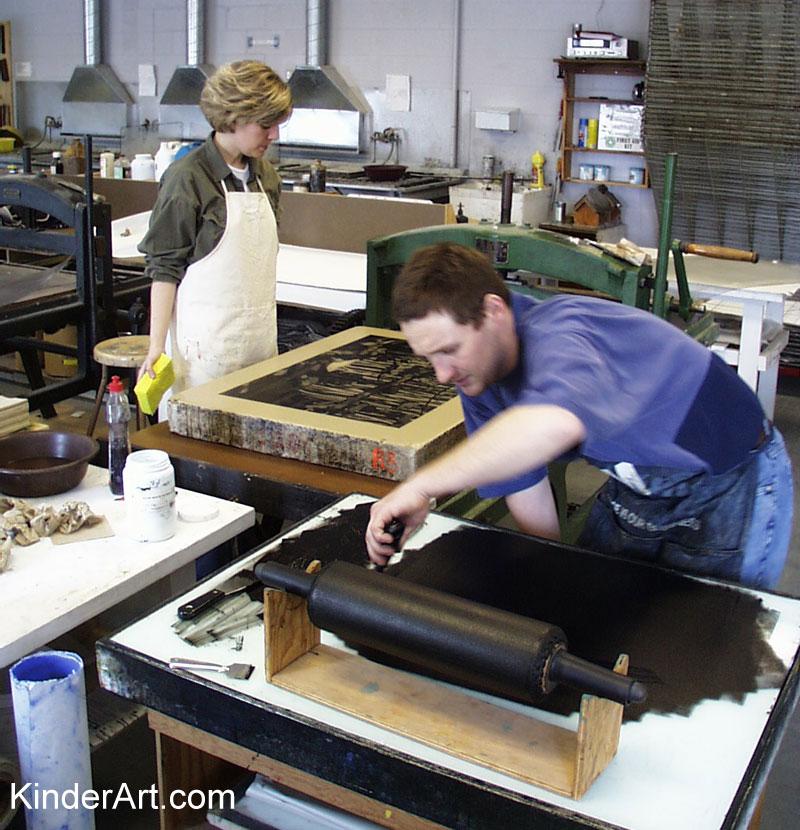 Geoff prepares the ink.