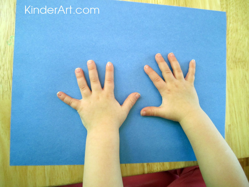 Trace hands for the reindeer's antlers.