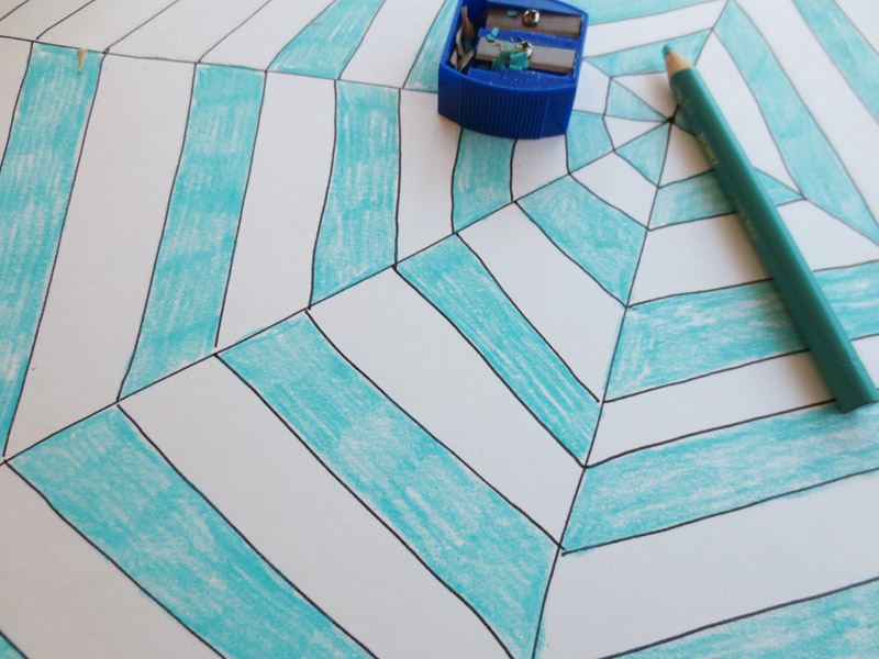 Make a spider web drawing - colour the shapes