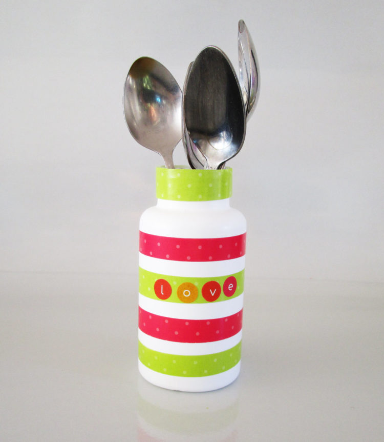 Teaspoon holder. KinderArt.com