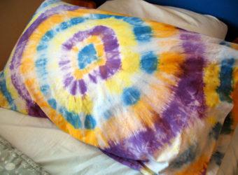 Make a tie dye pillowcase.